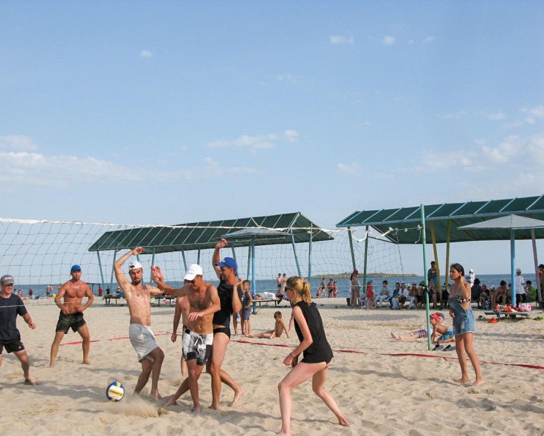 Турнир по волейболу: Вожатые vs Тренеры